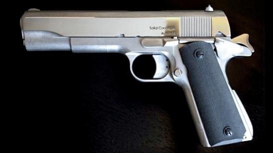 solid-concepts-3d-printed-1911-metal-gun-handgun-pistol-2
